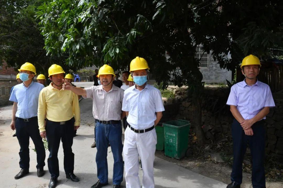 泉港区委书记调研第三片区安征迁项目攻坚情